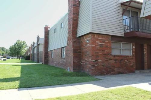 2192 S 109th East Avenue Photo 1