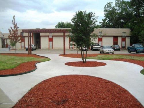 1236 S Memorial Drive 3 #403 Photo 1