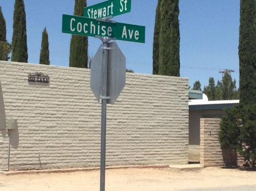 206 N Cochise Avenue Photo 1
