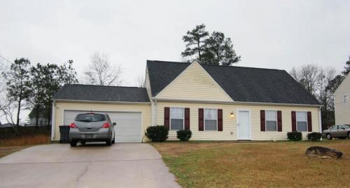 2727 Holly Berry Drive Photo 1