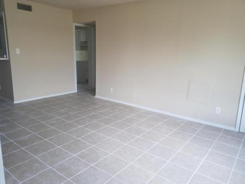 Terrific Condos For Rent In Tulsa Ok From 495 To 1 4K A Month Home Interior And Landscaping Palasignezvosmurscom