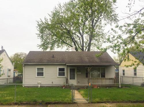 7602 Birch Avenue Photo 1