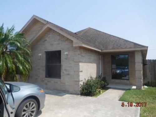 312 E 2nd St Unit A Los Fresnos Tx 78566 Photo 1