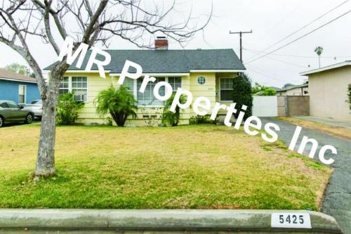 5425 Cambury Avenue Photo 1