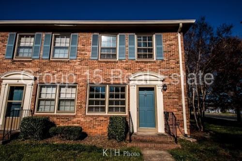6236 Old Pineville Rd Photo 1
