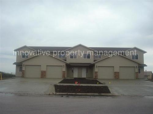 1040 N Main Ave Photo 1