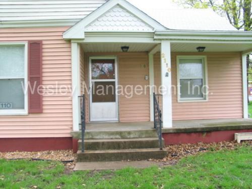 2110 Girard Ave Photo 1