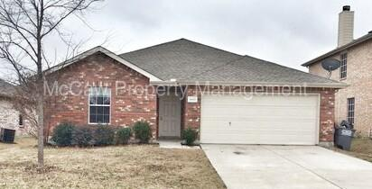 1442 Whitewater Dr Photo 1