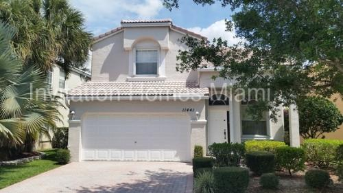 11441 NW 48th Ct Photo 1