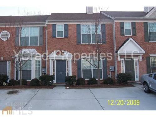 2736 Parkway Trail Photo 1
