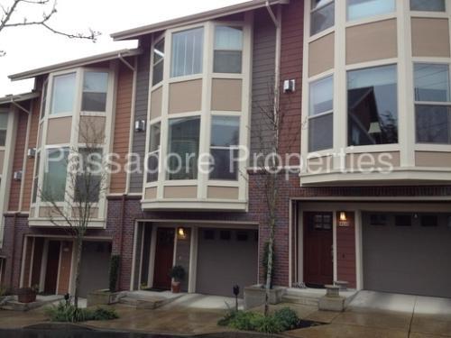 4132 SW Corbett Avenue Photo 1