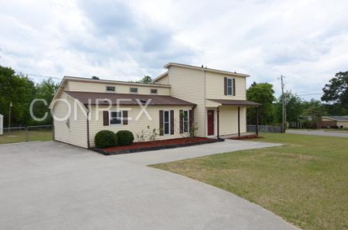 2506 Inverness Dr Photo 1