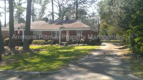 1803 Pineview St Photo 1