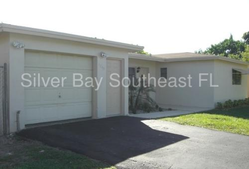 1240 NW 56th Ave Photo 1