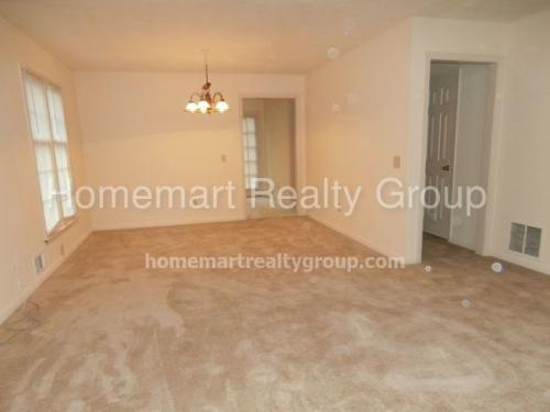 2192 Wexford Dr Photo 1