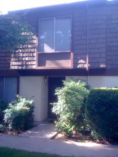 3504 Larchmont Square Lane Photo 1