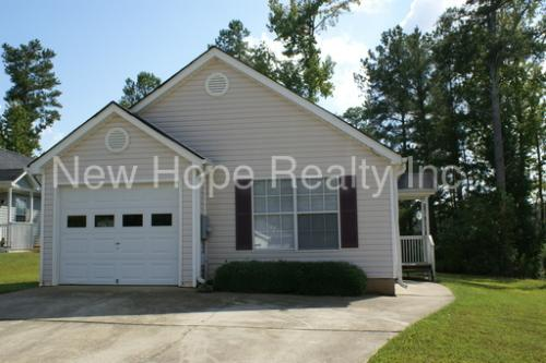 1584 Wembley Drive Photo 1