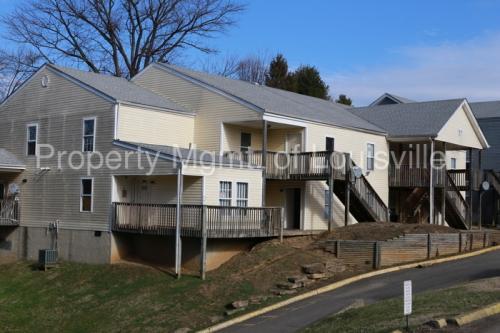 Apartment Unit 9 At 1900 Ramser Court Louisville Ky 40216 Hotpads