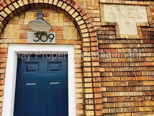 309 Hutcheson Street Photo 1