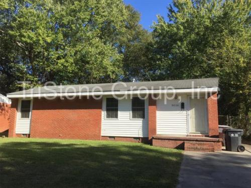 3524 Eastwood Dr Photo 1