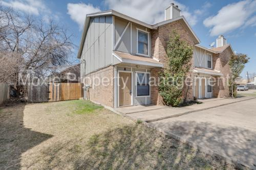 211 Meadow Court #A Photo 1