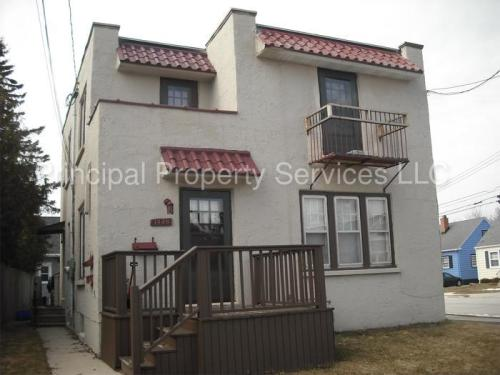 1420 Glenwood Street Photo 1