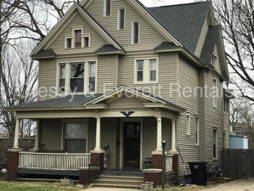 508 S Saint Joseph St Photo 1