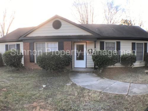 323 Red Roan Place Photo 1