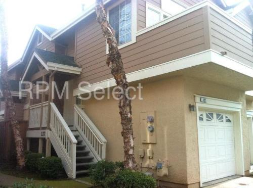 127 Manchester Dr Photo 1