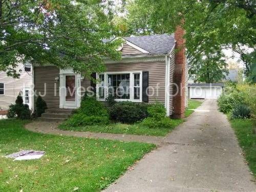1415 Homeland Dr Photo 1