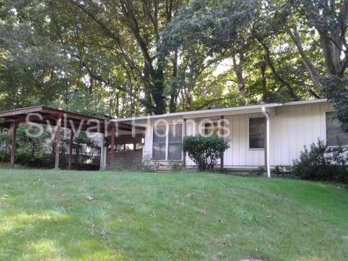 785 Kennesaw Drive Photo 1