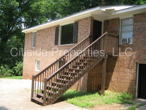 1036 Longley Avenue NW #2 Photo 1