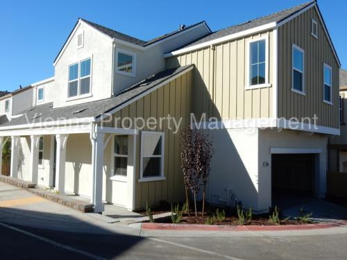 5366 Sablewood Lane Photo 1