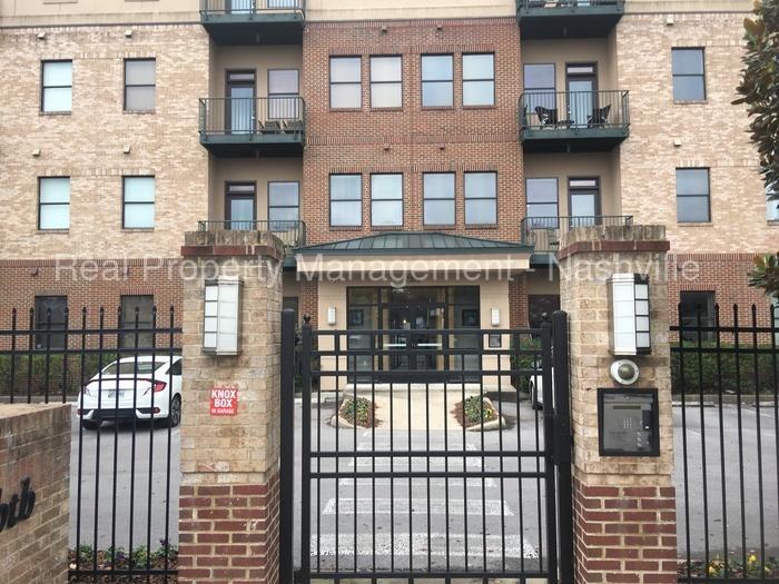 Primary Photo 2201 8th Avenue S 401