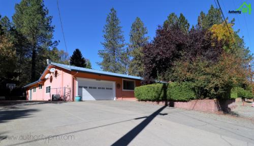 20454 Lakeview Drive Photo 1