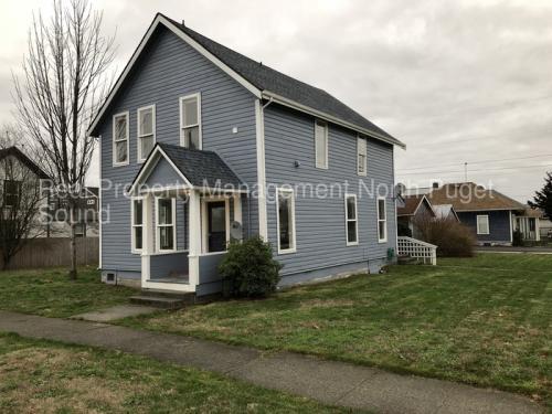 103 Gilman Avenue Photo 1
