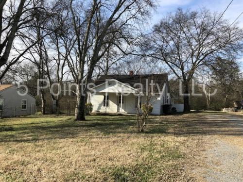 4017 Cedar Circle Photo 1