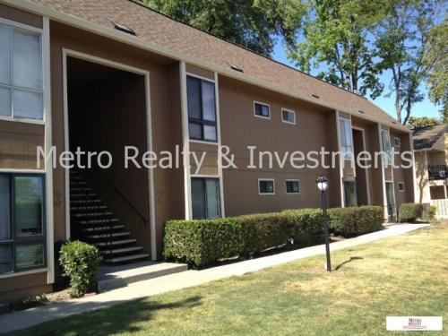 8975 Alcosta Boulevard Photo 1