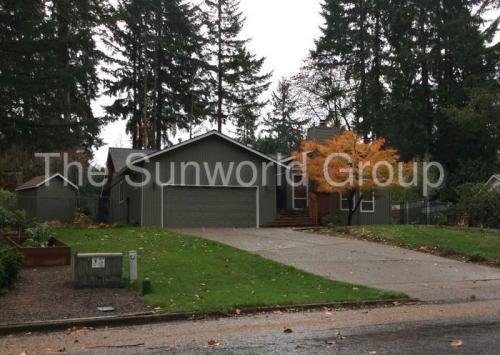 10806 NE Sherwood Drive Photo 1