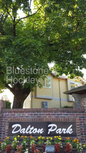14201 E Burnside Street #19 Photo 1