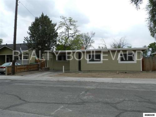 690 Southworth Drive Photo 1