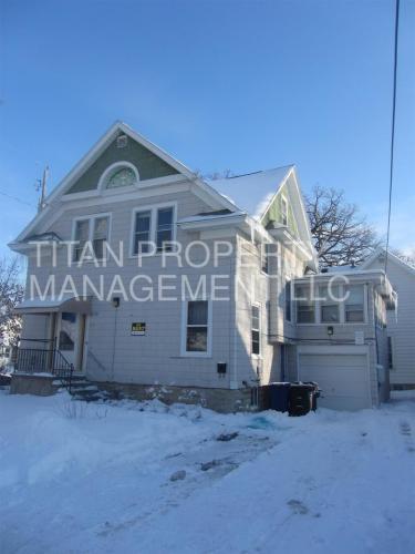 860 Cherry Street Photo 1