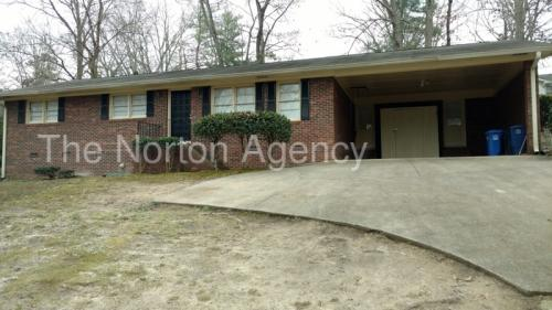 481 NW Woodland Drive Photo 1