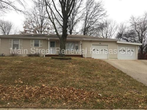 7106 N Troost Avenue Photo 1