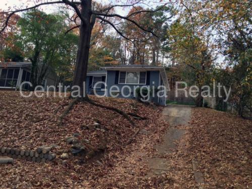 1501 Woodland Avenue SE Photo 1