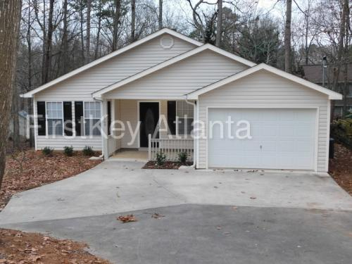 2900 Pinetree Road Photo 1