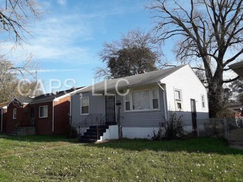 3617 Johnson Street Photo 1