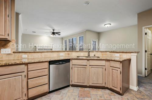 112 Brentwood Court Photo 1