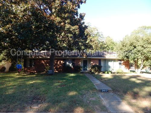 2417 Oak Crest Drive Photo 1