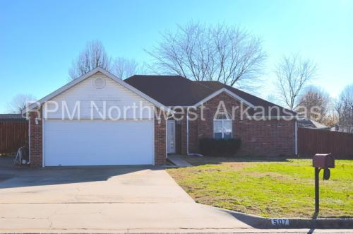 507 Evergreen Circle Photo 1